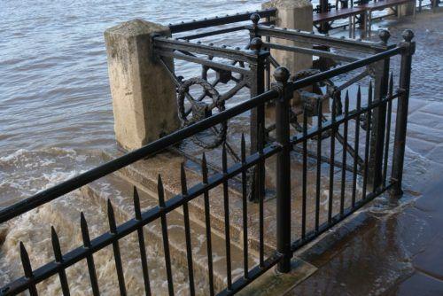 River wall repairs